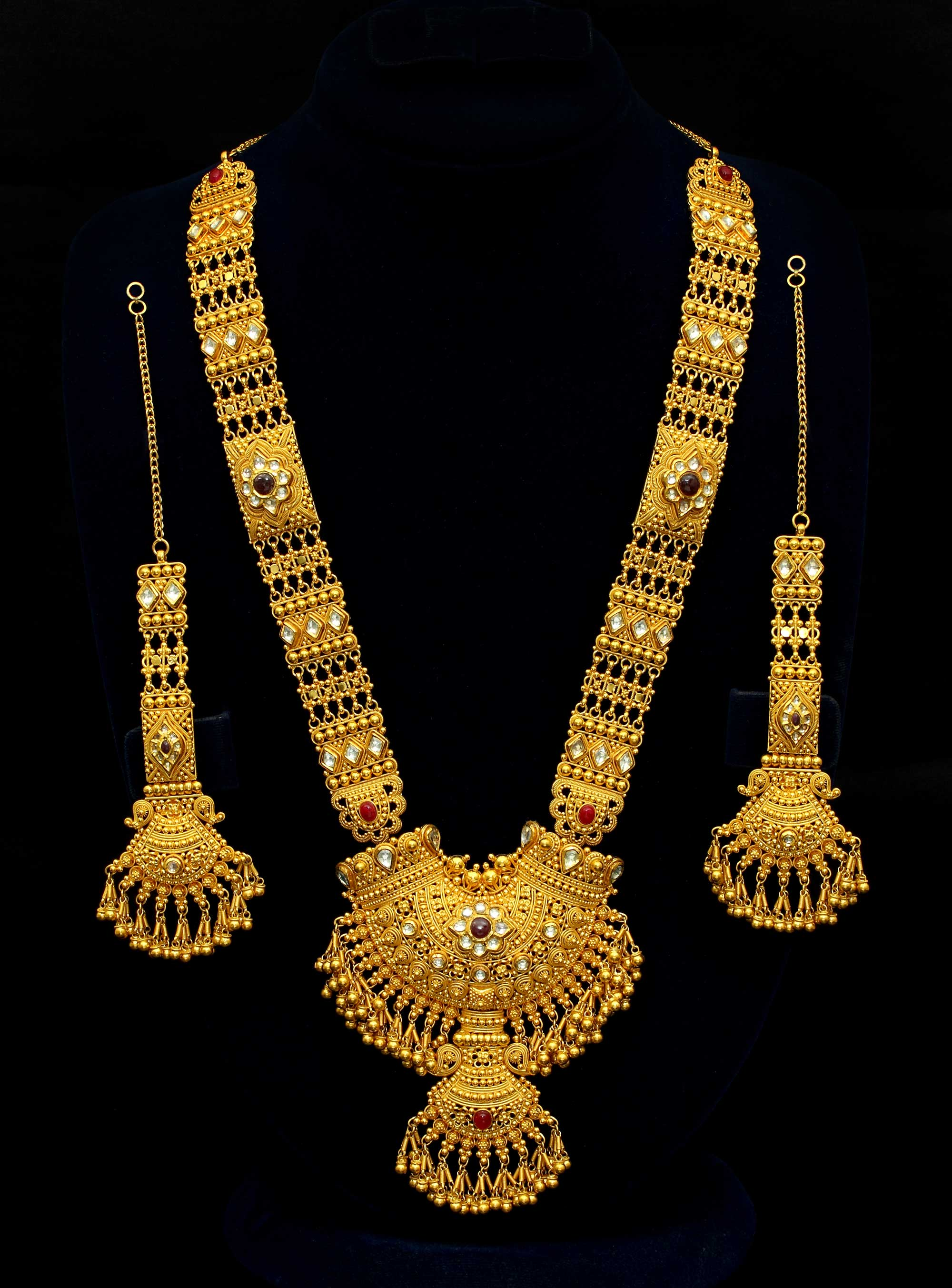 b28b955e943 Bridal Gold Necklace Set - Savory Jewellery